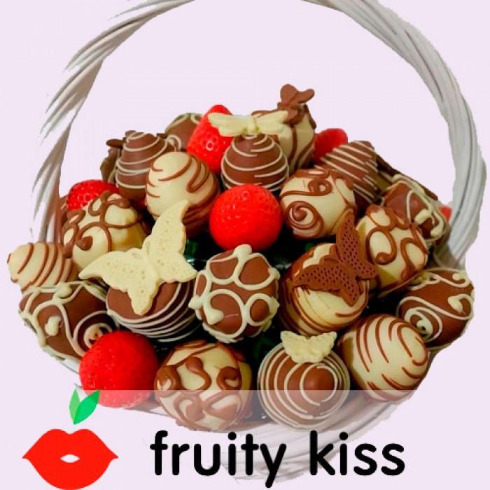 Корзина с клубникой и бананами в шоколаде Mix 2