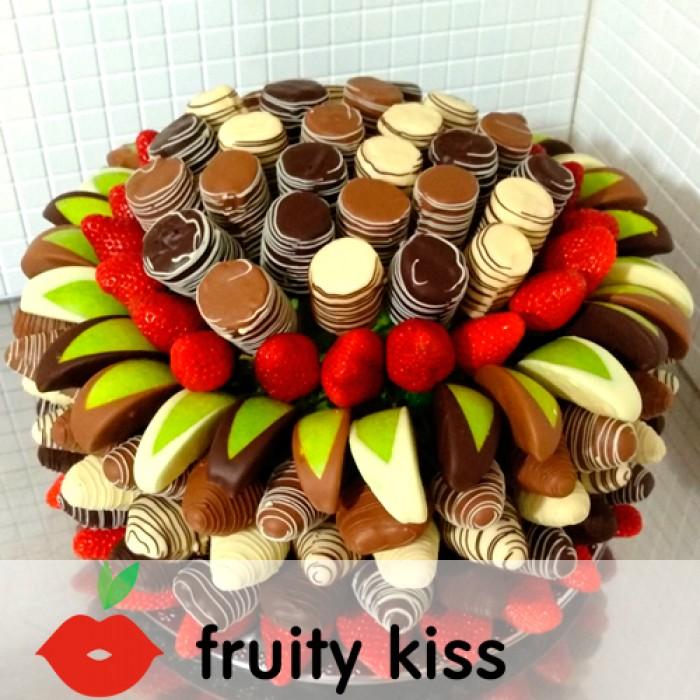 """Торт из фруктов """"Сладкий праздник"""" - сравнение фото 3"""