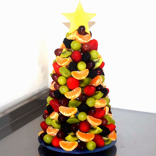 шкафу-купе поместятся пирамида из фруктов фото целые фрукты свадьбу
