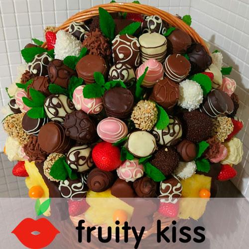 букет из фруктов в бельгийском шоколаде
